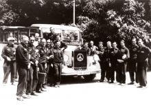 Nationalmannschaft bei der WM 1934 mit Mannschaftsbus